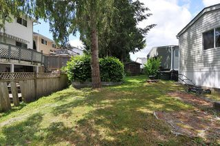 """Photo 16: 19728 POPLAR Place in Pitt Meadows: Central Meadows Manufactured Home for sale in """"MEADOW HIGHLANDS"""" : MLS®# R2318087"""