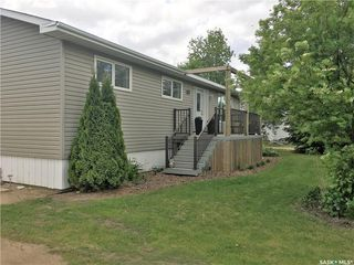 Photo 2: 301 Government Road in Stoughton: Residential for sale : MLS®# SK753836