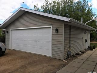 Photo 3: 301 Government Road in Stoughton: Residential for sale : MLS®# SK753836