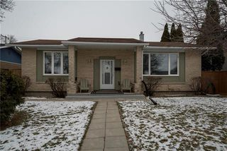 Photo 1: 172 Larche Avenue West in Winnipeg: West Transcona Residential for sale (3L)  : MLS®# 1830958