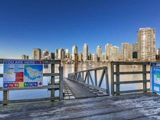 "Photo 3: 219 1869 SPYGLASS Place in Vancouver: False Creek Condo for sale in ""THE REGATTA"" (Vancouver West)  : MLS®# R2327588"