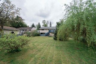 Photo 2: 14145 PARK Drive in Surrey: Bolivar Heights House for sale (North Surrey)  : MLS®# R2335286
