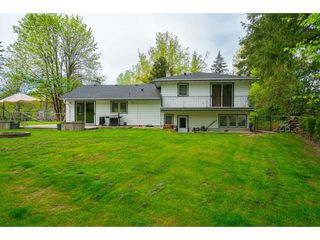 Photo 16: 23864 64 Avenue in Langley: Salmon River House for sale : MLS®# R2356393