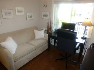 "Photo 13: PH1 15357 ROPER Avenue: White Rock Condo for sale in ""REGENCY COURT"" (South Surrey White Rock)  : MLS®# R2366070"