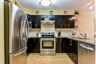 """Photo 6: 303 78 RICHMOND Street in New Westminster: Fraserview NW Condo for sale in """"Governor's Court"""" : MLS®# R2366411"""