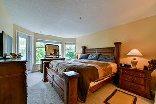 """Photo 13: 303 78 RICHMOND Street in New Westminster: Fraserview NW Condo for sale in """"Governor's Court"""" : MLS®# R2366411"""