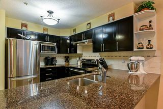 """Photo 8: 303 78 RICHMOND Street in New Westminster: Fraserview NW Condo for sale in """"Governor's Court"""" : MLS®# R2366411"""