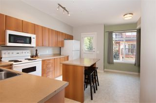 "Photo 5: 72 2000 PANORAMA Drive in Port Moody: Heritage Woods PM Townhouse for sale in ""Mountain's Edge"" : MLS®# R2367552"