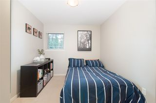 "Photo 11: 72 2000 PANORAMA Drive in Port Moody: Heritage Woods PM Townhouse for sale in ""Mountain's Edge"" : MLS®# R2367552"