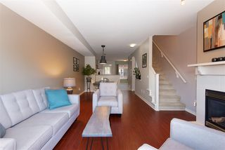 "Photo 3: 72 2000 PANORAMA Drive in Port Moody: Heritage Woods PM Townhouse for sale in ""Mountain's Edge"" : MLS®# R2367552"