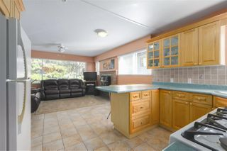 "Photo 8: 1977 CALEDONIA Avenue in North Vancouver: Deep Cove House for sale in ""The Cove!"" : MLS®# R2367947"
