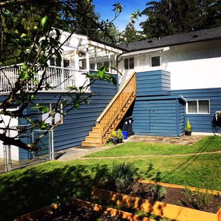 "Photo 3: 1977 CALEDONIA Avenue in North Vancouver: Deep Cove House for sale in ""The Cove!"" : MLS®# R2367947"