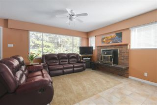 "Photo 4: 1977 CALEDONIA Avenue in North Vancouver: Deep Cove House for sale in ""The Cove!"" : MLS®# R2367947"