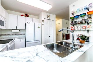 "Photo 7: 308 2677 E BROADWAY in Vancouver: Renfrew VE Condo for sale in ""Broadway Gardens"" (Vancouver East)  : MLS®# R2369554"