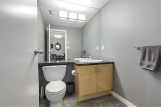 """Photo 8: 123 AQUARIUS Mews in Vancouver: Yaletown Townhouse for sale in """"MARINASIDE RESORTS"""" (Vancouver West)  : MLS®# R2369790"""