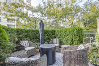 """Photo 14: 123 AQUARIUS Mews in Vancouver: Yaletown Townhouse for sale in """"MARINASIDE RESORTS"""" (Vancouver West)  : MLS®# R2369790"""