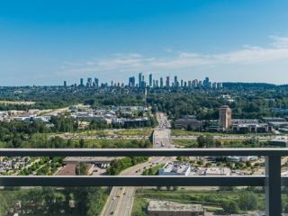 "Photo 17: 2408 4485 SKYLINE Drive in Burnaby: Brentwood Park Condo for sale in ""SOLO DISTRICT - ALTUS"" (Burnaby North)  : MLS®# R2373957"