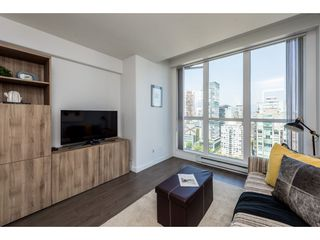 "Photo 11: 3501 939 HOMER Street in Vancouver: Yaletown Condo for sale in ""THE PINNACLE"" (Vancouver West)  : MLS®# R2375975"