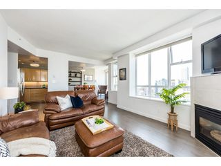 "Photo 4: 3501 939 HOMER Street in Vancouver: Yaletown Condo for sale in ""THE PINNACLE"" (Vancouver West)  : MLS®# R2375975"