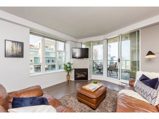 "Photo 3: 3501 939 HOMER Street in Vancouver: Yaletown Condo for sale in ""THE PINNACLE"" (Vancouver West)  : MLS®# R2375975"