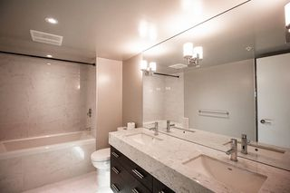 "Photo 10: 908 6288 NO 3 Road in Richmond: Brighouse Condo for sale in ""MANDARIN RESIDENCES"" : MLS®# R2377060"