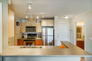 """Photo 8: 436 5700 ANDREWS Road in Richmond: Steveston South Condo for sale in """"Rivers Reach"""" : MLS®# R2377965"""