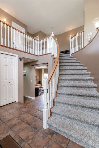"Photo 2: 928 MOODY Court in Port Coquitlam: Citadel PQ House for sale in ""CITADEL"" : MLS®# R2378958"