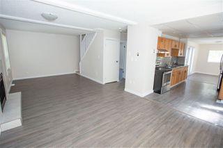 Photo 2: 11817 44 Street in Edmonton: Zone 23 House for sale : MLS®# E4161314