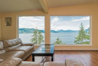 Photo 3: 6981 HYCROFT Road in West Vancouver: Whytecliff House for sale : MLS®# R2385862