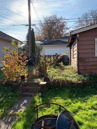 "Photo 5: 2690 NAPIER Street in Vancouver: Renfrew VE House for sale in ""RENFREW"" (Vancouver East)  : MLS®# R2418363"