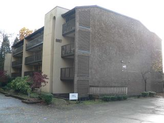 """Photo 3: 308 9867 MANCHESTER Drive in Burnaby: Cariboo Condo for sale in """"BARCLAY WOODS"""" (Burnaby North)  : MLS®# R2419502"""