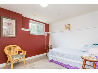 """Photo 17: 22973 BILLY BROWN Road in Langley: Fort Langley Condo for sale in """"Bedford Landing"""" : MLS®# R2438448"""