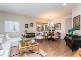 """Photo 4: 22973 BILLY BROWN Road in Langley: Fort Langley Condo for sale in """"Bedford Landing"""" : MLS®# R2438448"""