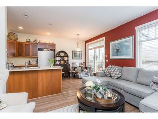 """Photo 10: 22973 BILLY BROWN Road in Langley: Fort Langley Condo for sale in """"Bedford Landing"""" : MLS®# R2438448"""