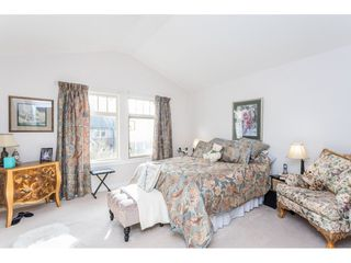 """Photo 11: 22973 BILLY BROWN Road in Langley: Fort Langley Condo for sale in """"Bedford Landing"""" : MLS®# R2438448"""