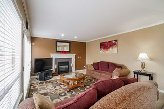 """Photo 8: 12385 63A Avenue in Surrey: Panorama Ridge House for sale in """"BOUNDARY PARK"""" : MLS®# R2465233"""