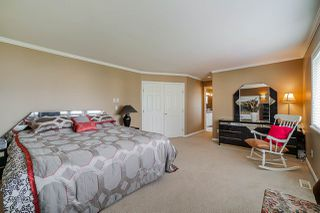 """Photo 19: 12385 63A Avenue in Surrey: Panorama Ridge House for sale in """"BOUNDARY PARK"""" : MLS®# R2465233"""