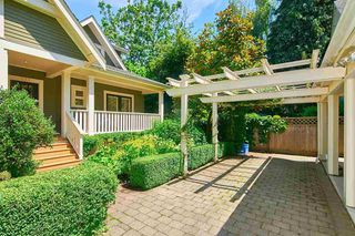 Photo 3: 237 W 11TH Avenue in Vancouver: Mount Pleasant VW Townhouse for sale (Vancouver West)  : MLS®# R2469837