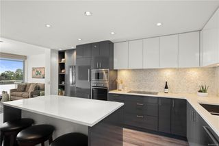 Photo 1: 706 838 Broughton St in : Vi Downtown Condo Apartment for sale (Victoria)  : MLS®# 850134