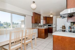 Photo 12: 7177 PAULUS Crescent in Burnaby: Montecito House for sale (Burnaby North)  : MLS®# R2493565