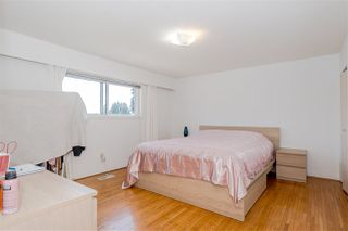 Photo 18: 7177 PAULUS Crescent in Burnaby: Montecito House for sale (Burnaby North)  : MLS®# R2493565