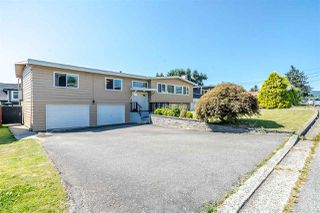 Photo 1: 7177 PAULUS Crescent in Burnaby: Montecito House for sale (Burnaby North)  : MLS®# R2493565