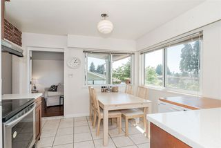 Photo 13: 7177 PAULUS Crescent in Burnaby: Montecito House for sale (Burnaby North)  : MLS®# R2493565