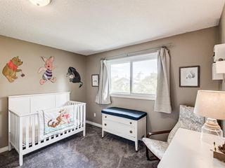 Photo 19: 60 WOODMONT Rise SW in Calgary: Woodbine Detached for sale : MLS®# A1031558