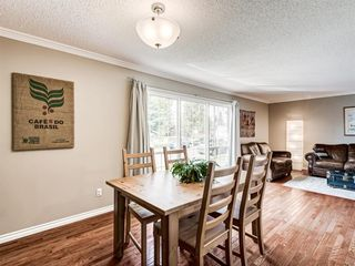 Photo 7: 60 WOODMONT Rise SW in Calgary: Woodbine Detached for sale : MLS®# A1031558
