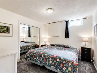 Photo 34: 60 WOODMONT Rise SW in Calgary: Woodbine Detached for sale : MLS®# A1031558