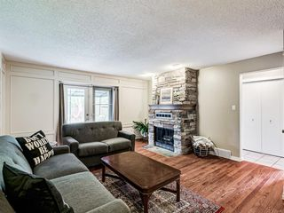 Photo 25: 60 WOODMONT Rise SW in Calgary: Woodbine Detached for sale : MLS®# A1031558