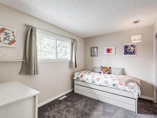 Photo 20: 60 WOODMONT Rise SW in Calgary: Woodbine Detached for sale : MLS®# A1031558