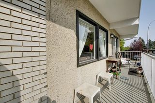 Photo 17: 7011 HUNTERVILLE Road NW in Calgary: Huntington Hills Semi Detached for sale : MLS®# A1035276