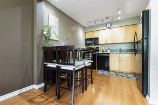 "Photo 5: 220 1202 LONDON Street in New Westminster: West End NW Condo for sale in ""LONDON PLACE"" : MLS®# R2505232"